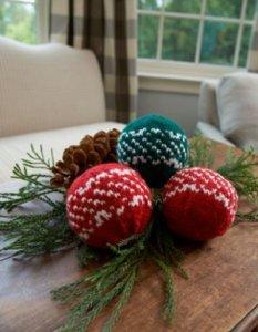 Nordic-Holiday-Centerpiece_Medium_ID-728305